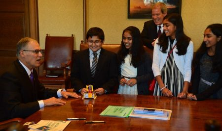 The Uffy Society (FLL Team 25050) meets Washington Governor Jay Inslee, and Representative Roger Goodman
